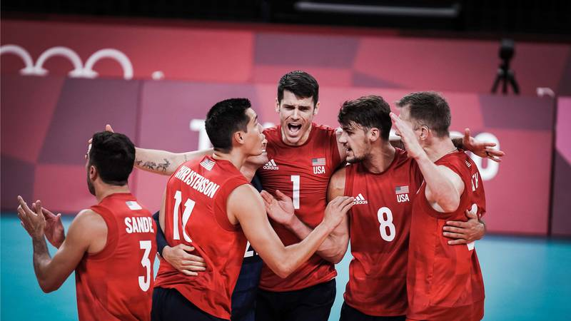 The United States men's indoor volleyball team got back on track Tuesday night, with a 3-1 set...