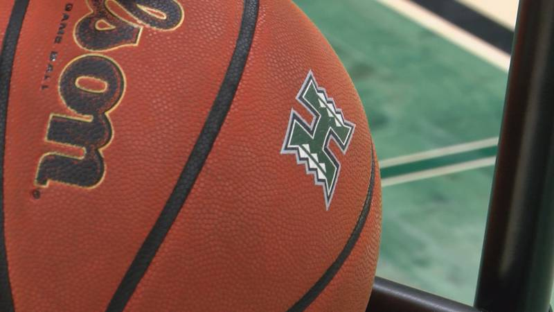 After an 11-10 record during last year's COVID-shortened season, the University of Hawaii men's...