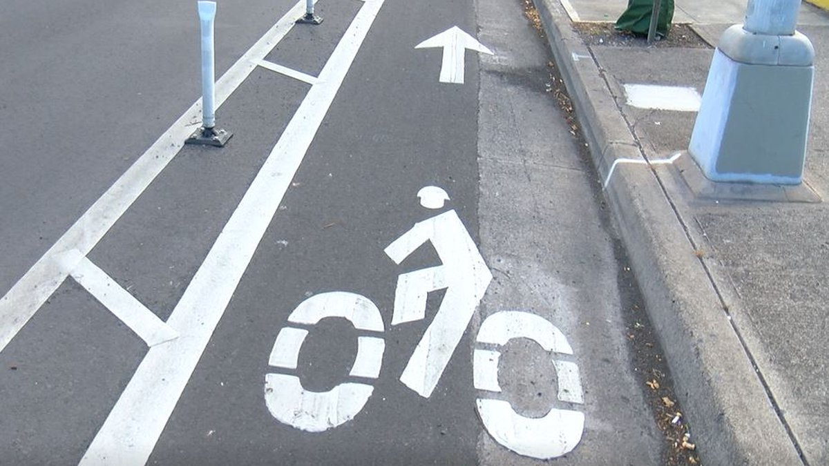 The new bikeway connects to the already existing path on King Street.