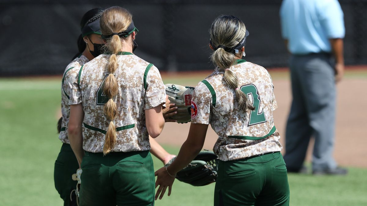 The Rainbow Wahine softball team's quest for a Big West title was shaken this weekend after...