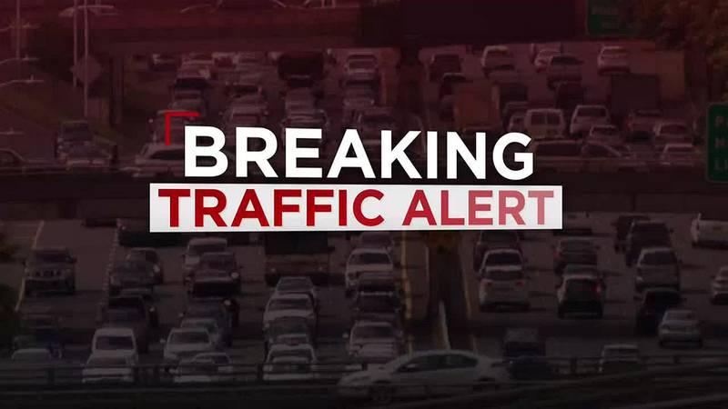 Malfunctioning Zipmobile slows westbound traffic on H-1 Freeway
