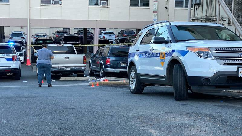 Police continue investigation into officer-involved shooting in Kalihi that left suspect dead.