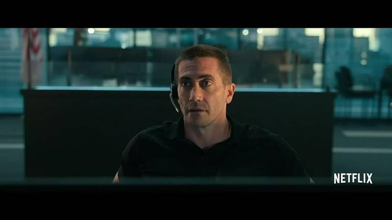 Gyllenhaal plays a 9-1-1 operator