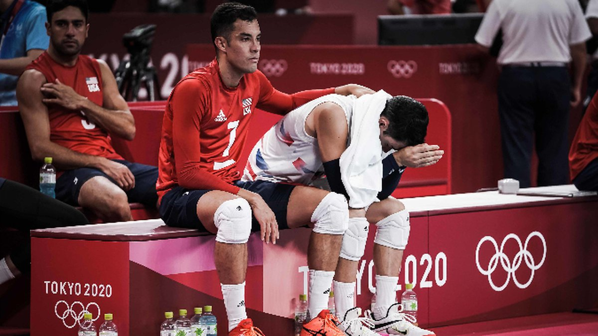 The United States men's volleyball team will not reach the podium this year, falling in...
