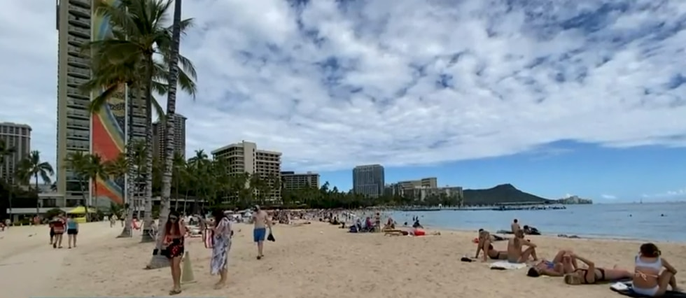 Waikiki was crowded over the weekend with thousands flocking to Hawaii.