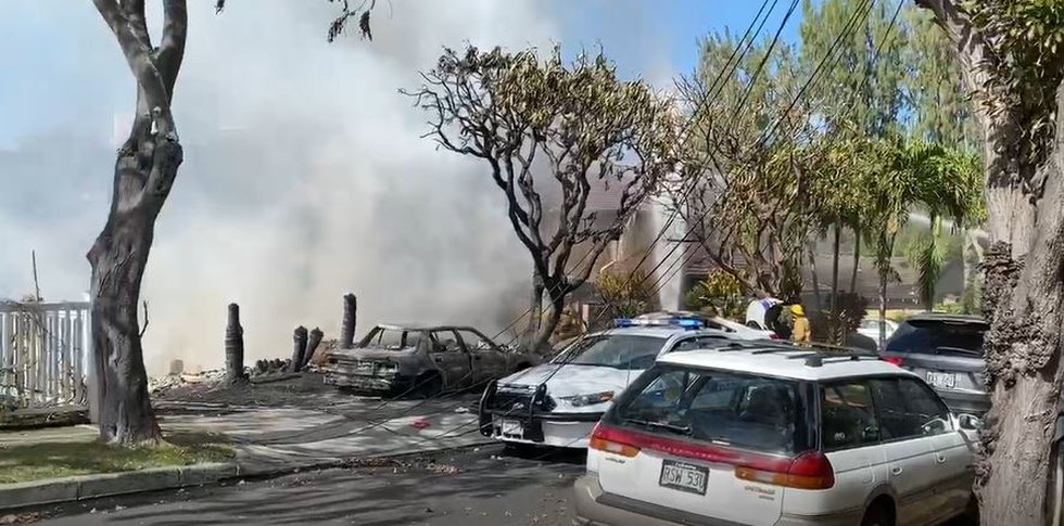 All that was left of several homes in Diamond Head following the chaos Sunday was rubble.