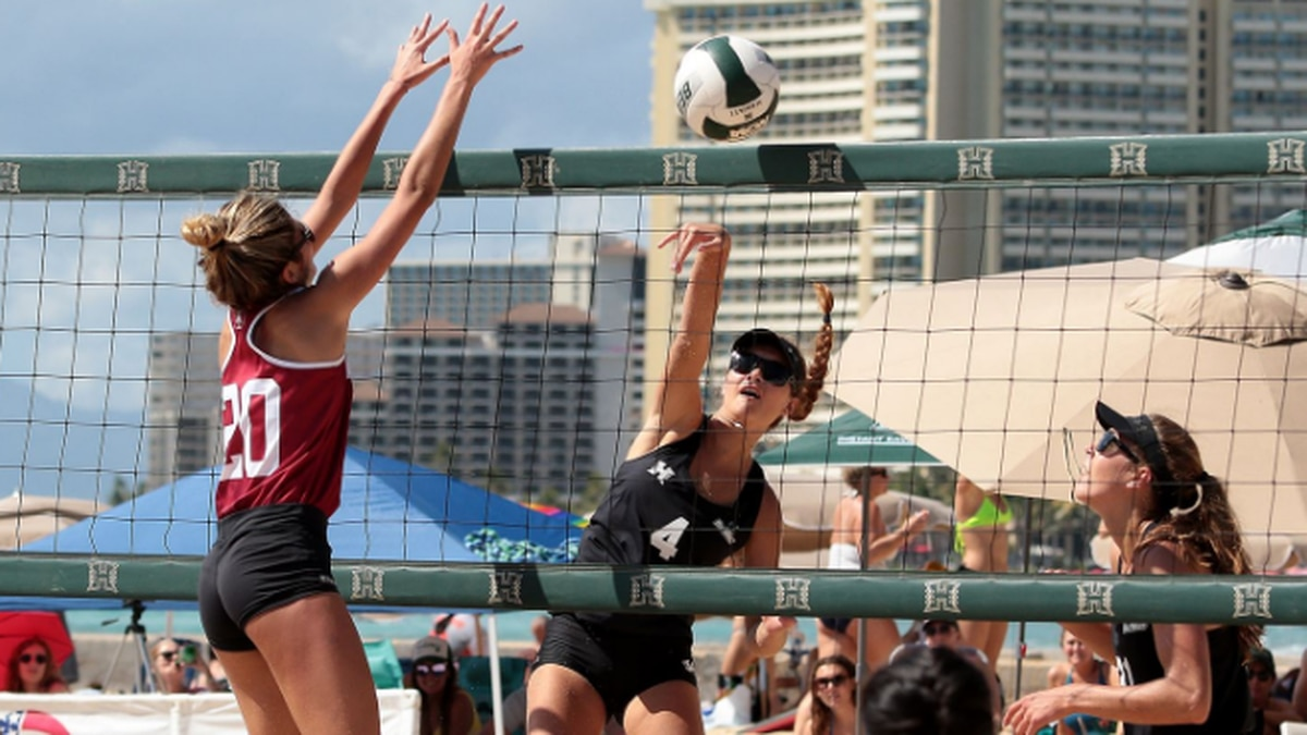 The Rainbow Wahine fell to No. 3 LSU, 4-1, in the semifinals, before sweeping No. 19 Stanford,...