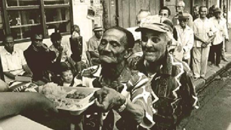 Lanakila Meals on Wheels started feeding Oahu seniors in 1971 out of a lunch wagon in Aala...