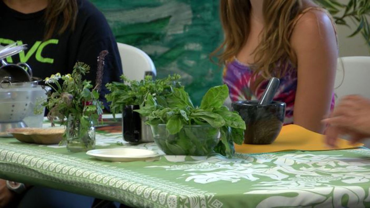 Teachers learned ways to inspire kids to eat healthy.