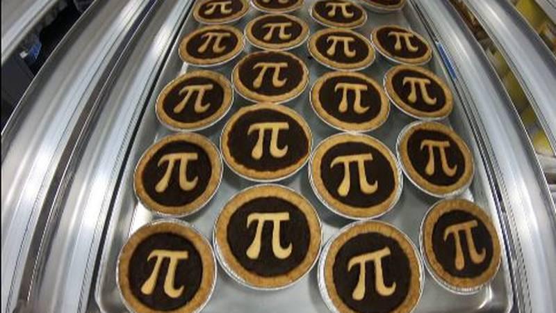 Hawaiian Pie Company was busy Sunday, baking hundreds of pies for 'Pi Day'