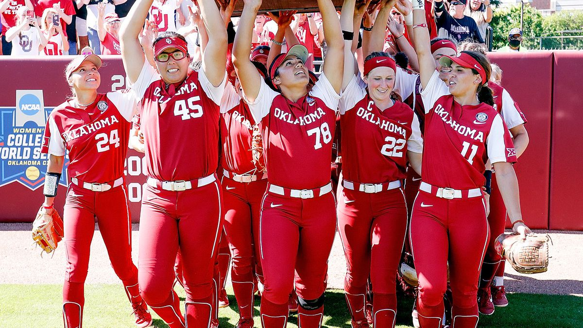 It was a big weekend for Campbell Alumni Jocelyn Alo and the No. 1 Oklahoma Sooners softball...