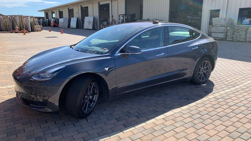 Tesla vehicle at the center of debate between the owner and the company.