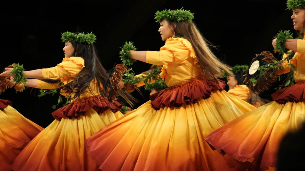 Hula Halau Olana takes the stage at Merrie Monarch 2018.