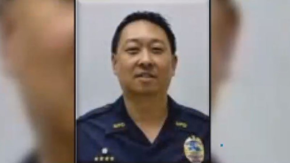 Former Maui Police Capt. Stephen Orikasa will have to register as a sex offender under a plea...
