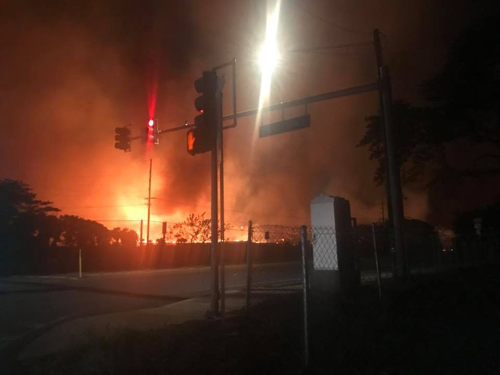 A view of the fire from Honoapiilani Highway (Image: Jessica Baker/Facebook)