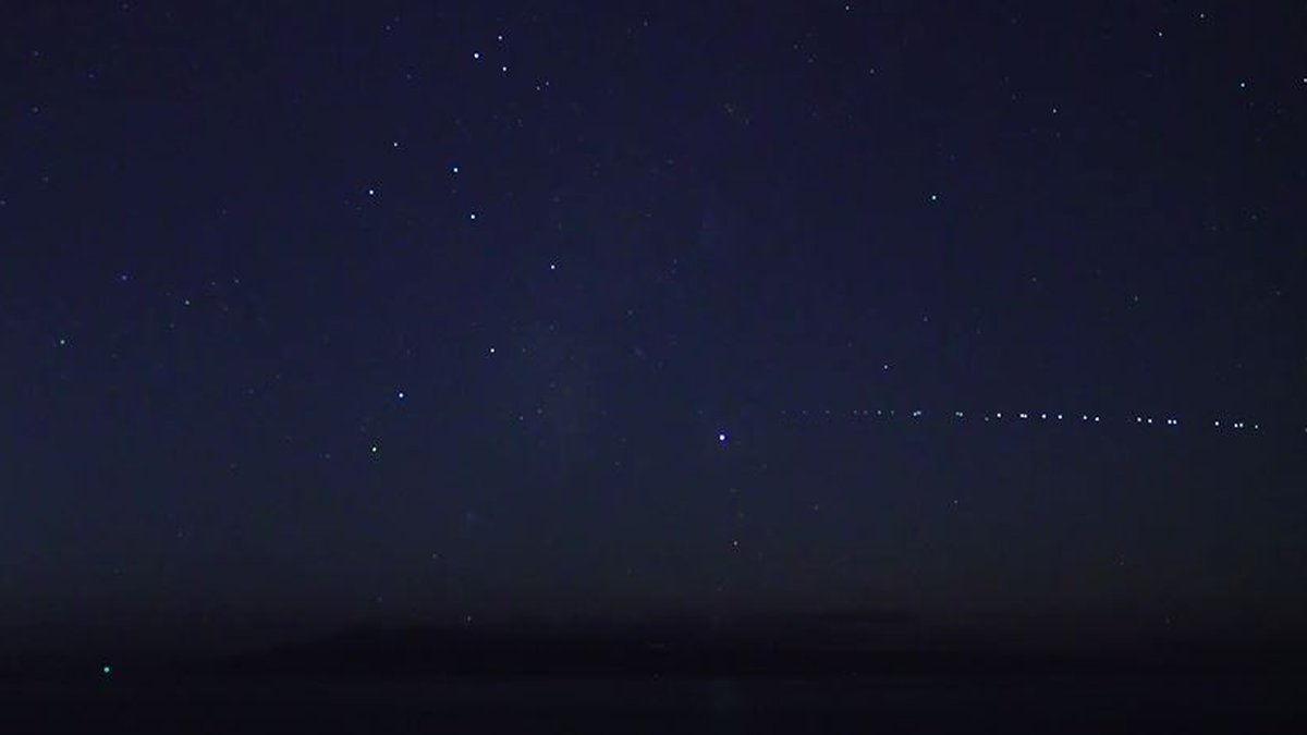 Residents across the state have spotted strange lights in the sky for days.