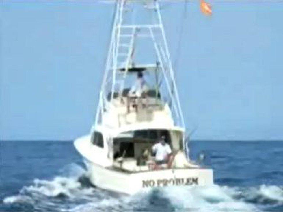 "Maui charter fishing boat, ""No Problem"""
