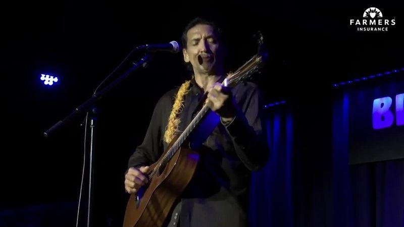 Virtually Live: John Cruz