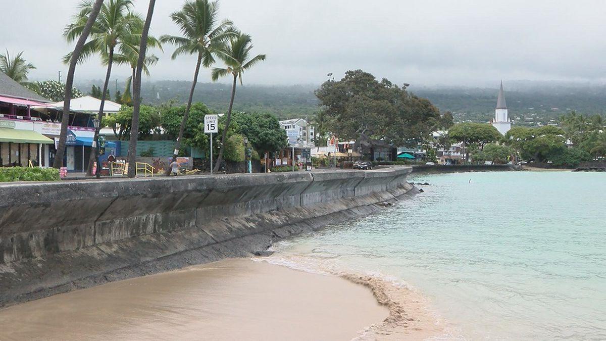 Alii Drive in Kailua-Kona