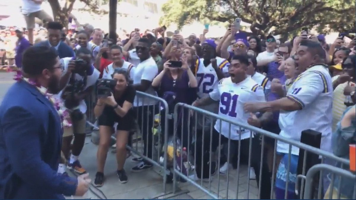 Vili the Warrior and his sons performed the Haka before the LSU game on Saturday (Image:...