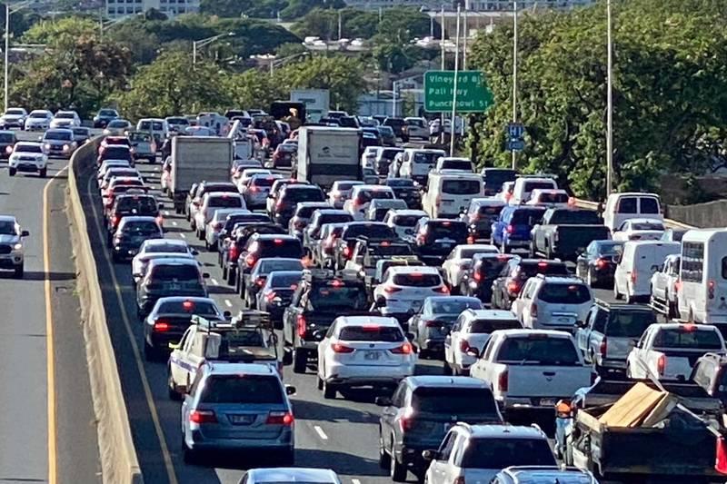 Traffic heading H-1 Eastbound following 3-vehicle crash near Kalihi