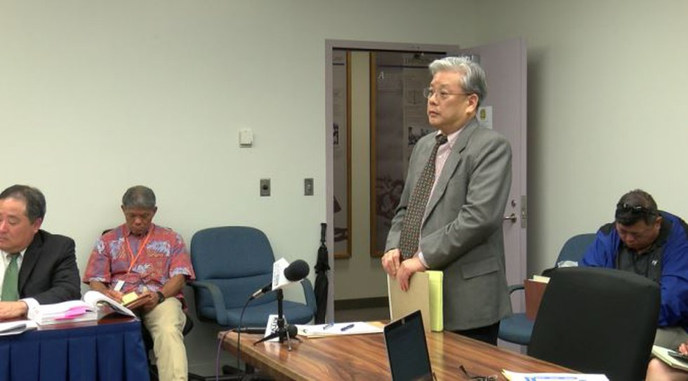 Attorney Kevin Sumida appears before the Honolulu Police Commission. (Image: Hawaii News Now)