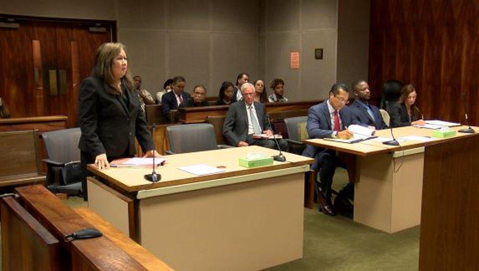 Honolulu Dep. Prosecutor Susan Won in court