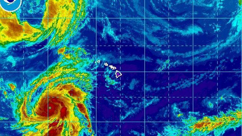 Hurricane Walaka is a major Category 4 storm southwest of Hawaii.