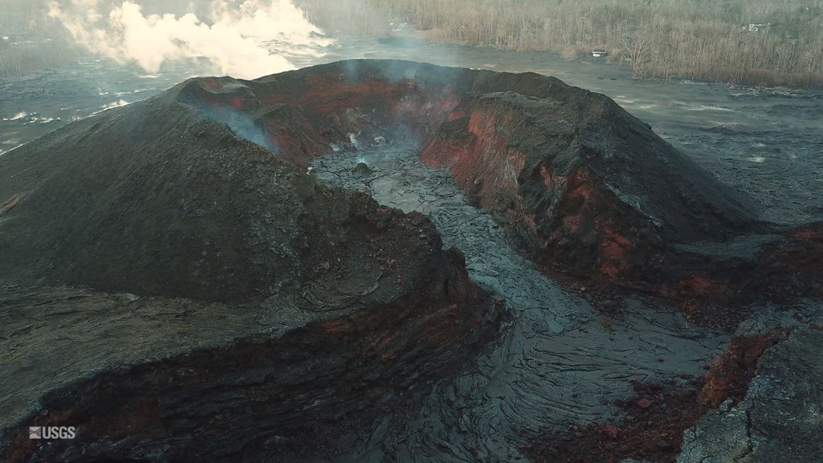 The small cone formed in fissure no.8 overnight. (Image: USGS)