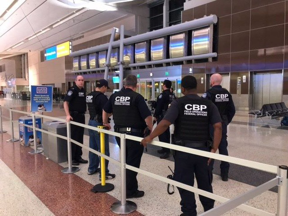 Increased police presence at the McCarran International Aiport (Image: Hawaii News Now)