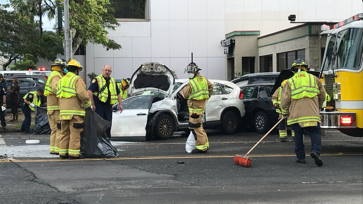 Emergency personnel responded to a three-vehicle crash in the Ala Moana area on Tuesday morning.