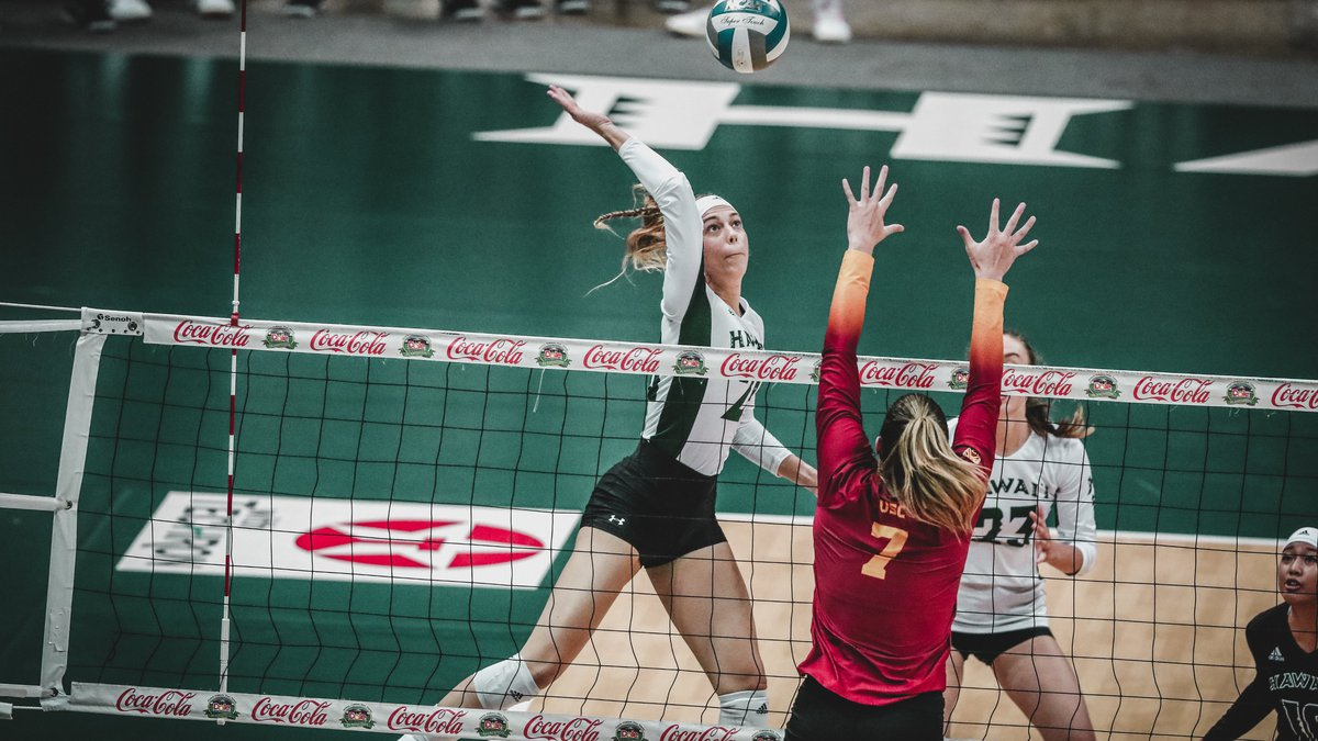 'Bows beat USC in four sets