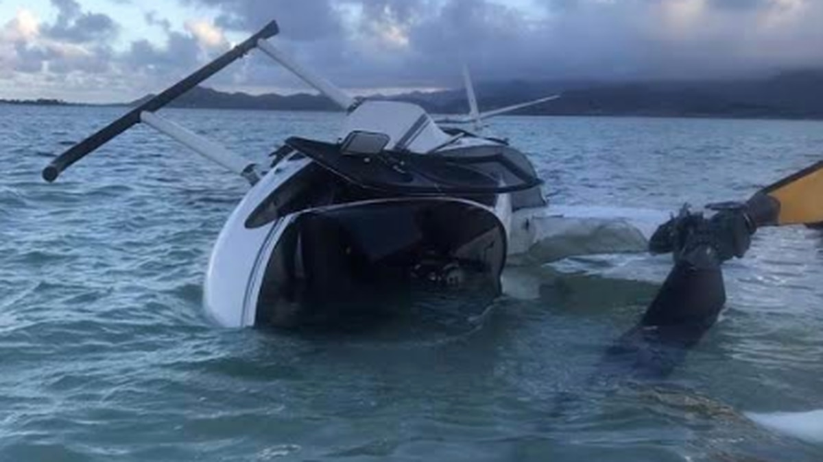 A chopper crashed into Kaneohe Bay on Monday, leaving three people seriously injured.