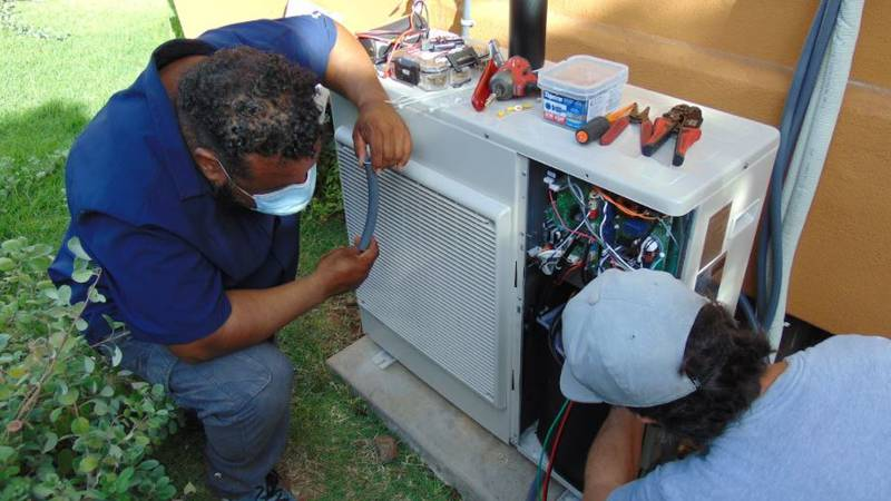 University of Hawaii Maui College offers an online course in air-conditioning.  Participants in...