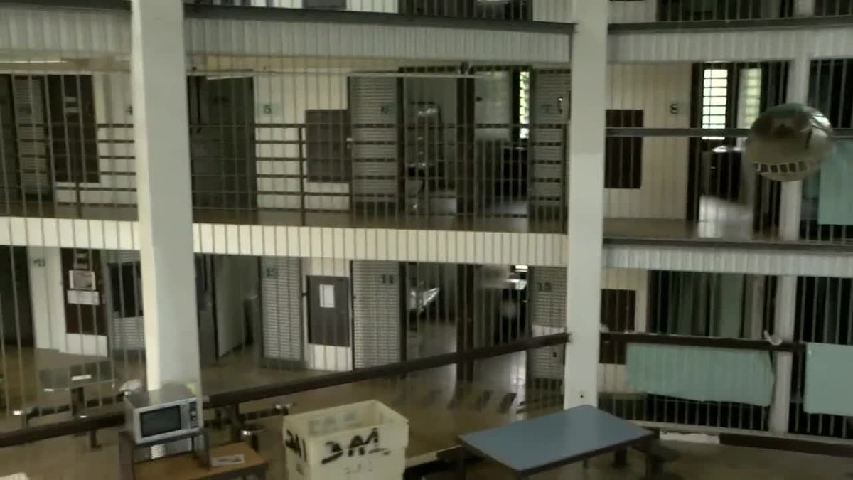 One lawmaker says money alone won't solve overcrowding in Hawaii jails