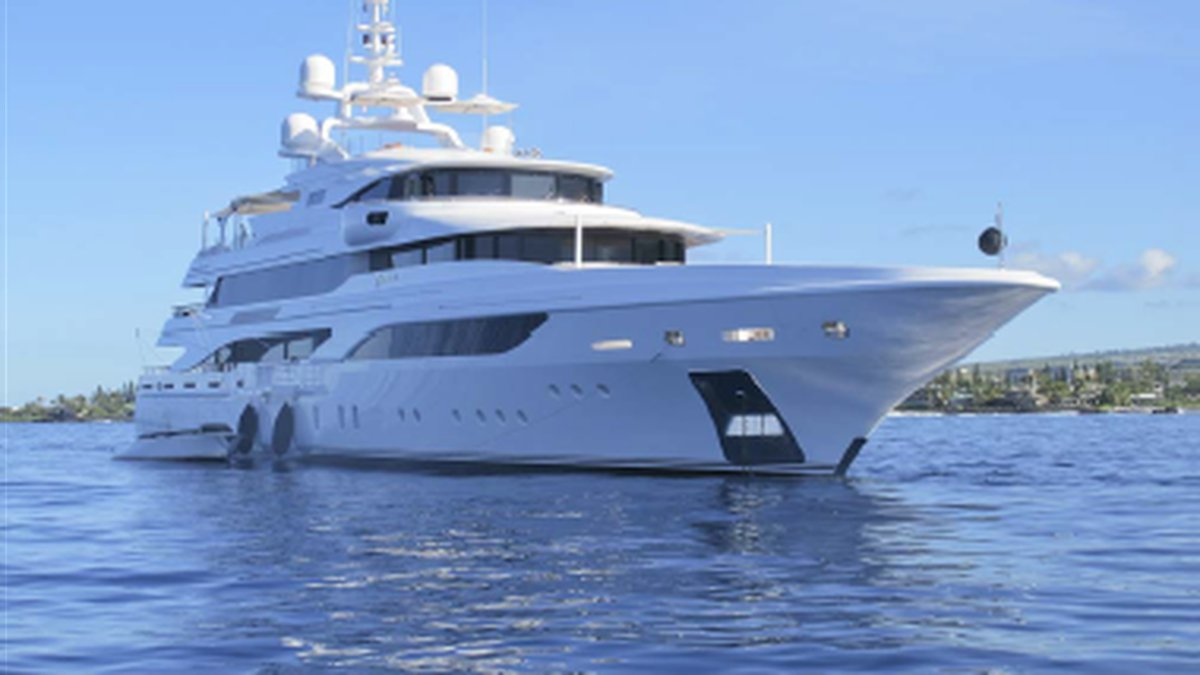 Owners of the yacht will need to fork up $100,000.